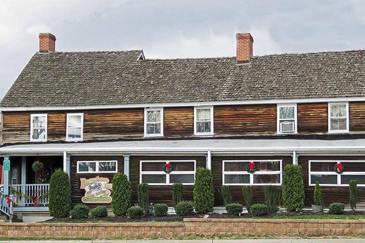 Pet Friendly Barnsboro Inn