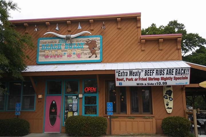 Pet Friendly Beach Bully Open Pit Bar B Que