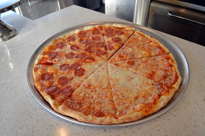 Pet Friendly Manhattan Joe's Pizzeria