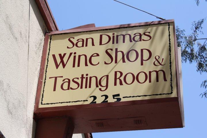 Pet Friendly San Dimas Wine Shop and Tasting Room