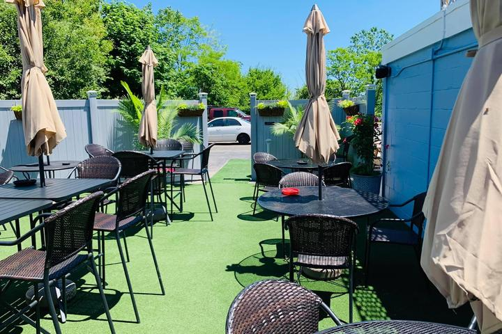 Pet Friendly Musketeers Bar & Grill