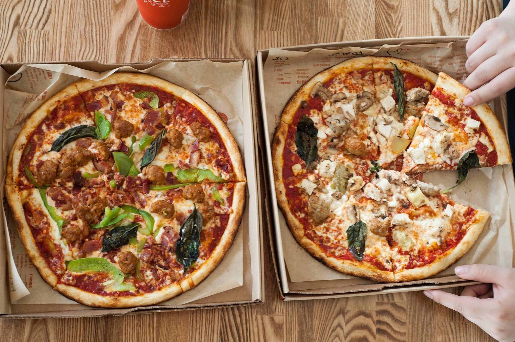 all ovens blazing in pizza wars