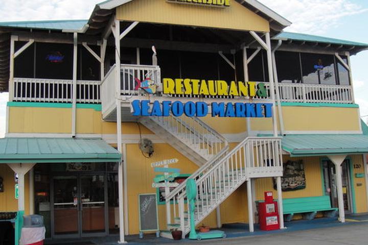 Pet Friendly Beachside Seafood Market And Restaurant