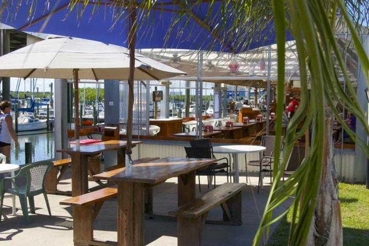 Pet Friendly Oceanview Bar & Grill