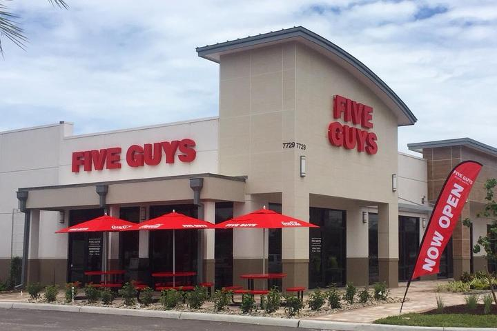 Pet Friendly Five Guys