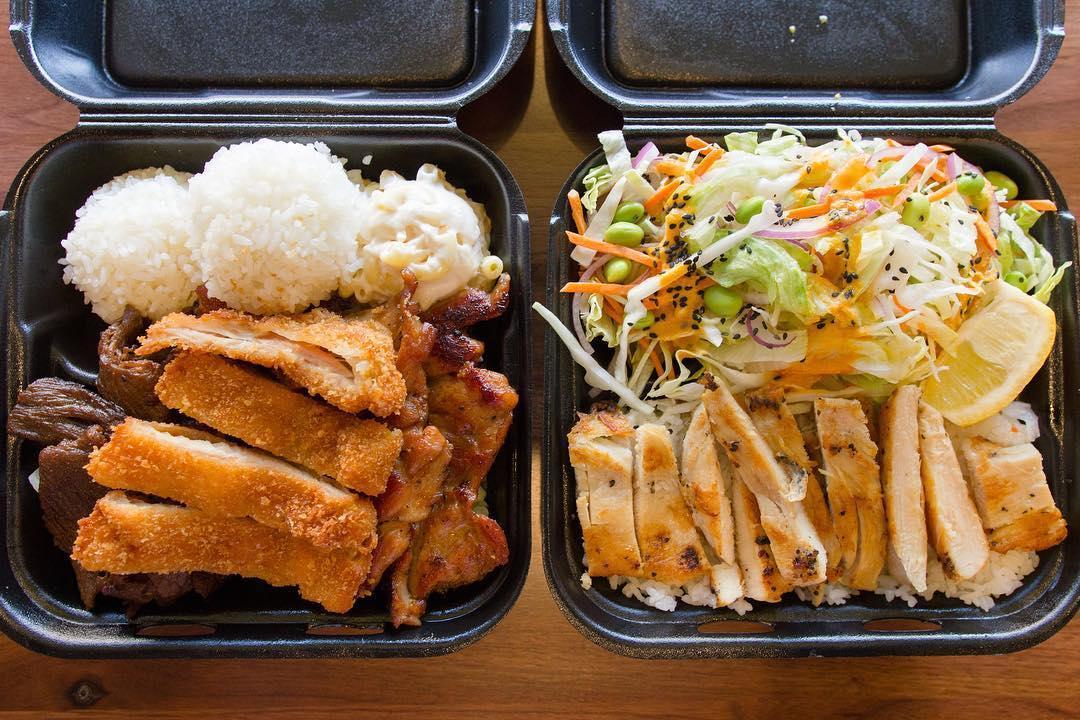 Ono Hawaiian BBQ Is Pet Friendly