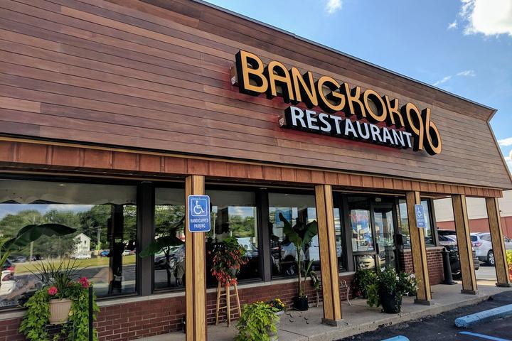 Dog Friendly Restaurants In Dearborn Mi Bring Fido
