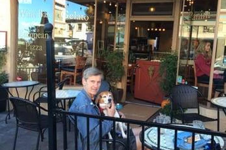 Pet Friendly Cafe Ariana