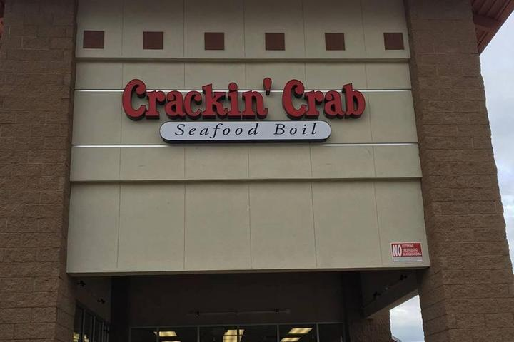 Pet Friendly Crackin' Crab