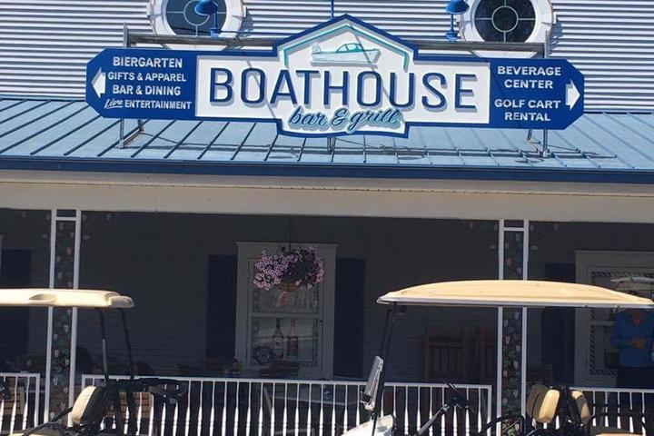 Pet Friendly The Boathouse Bar and Grill