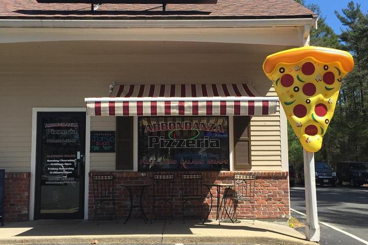 Pet Friendly Abbondanza Pizzeria