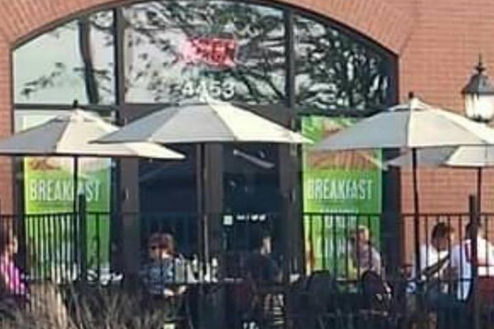Pet Friendly Louies Grill Fusion