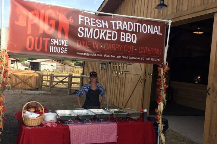 Pet Friendly Piggin' Out Smokehouse