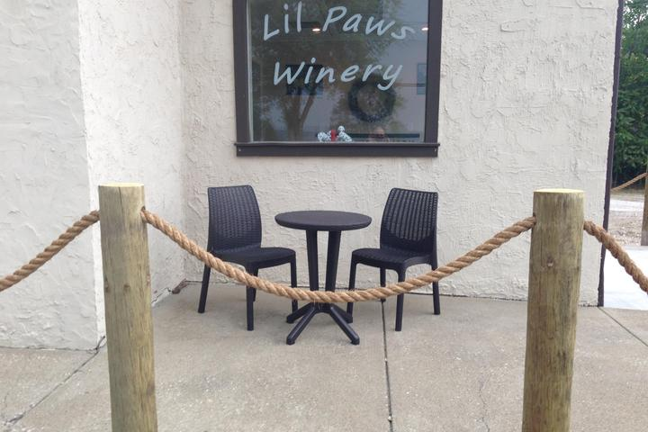 Pet Friendly Lil Paws Winery