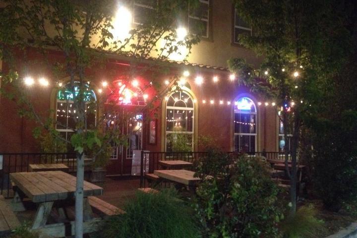 Pet Friendly Patterson's Pub & Grill