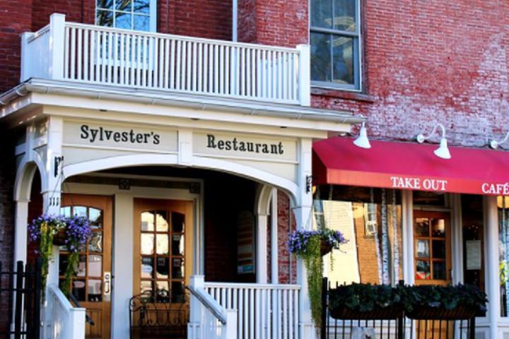 Pet Friendly Sylvester's Restaurant
