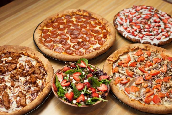 Pet Friendly Woodstock's Pizza