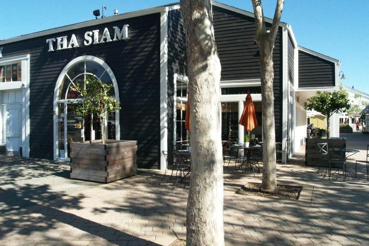 Pet Friendly Tha Siam Thai Restaurant