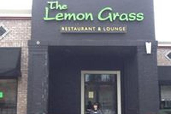 Pet Friendly Lemon Grass Restaurant & Lounge
