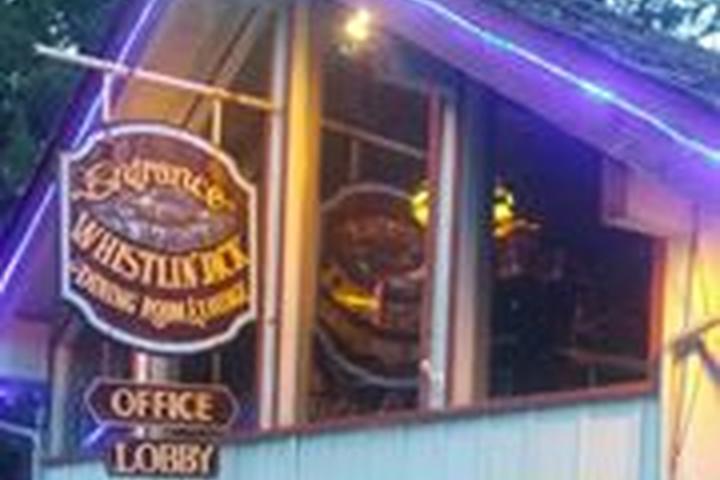 Pet Friendly Whistlin' Jack Lodge Restaurant