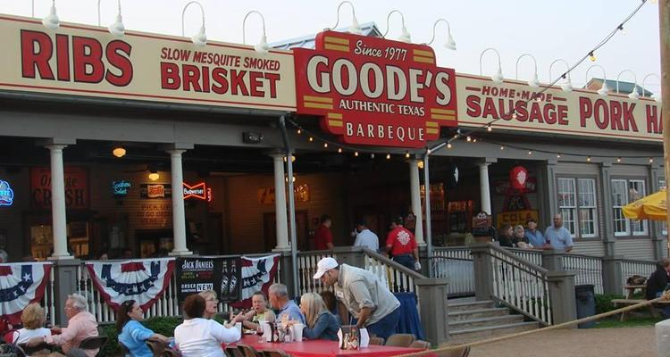 Goode Company Barbeque Is Pet Friendly