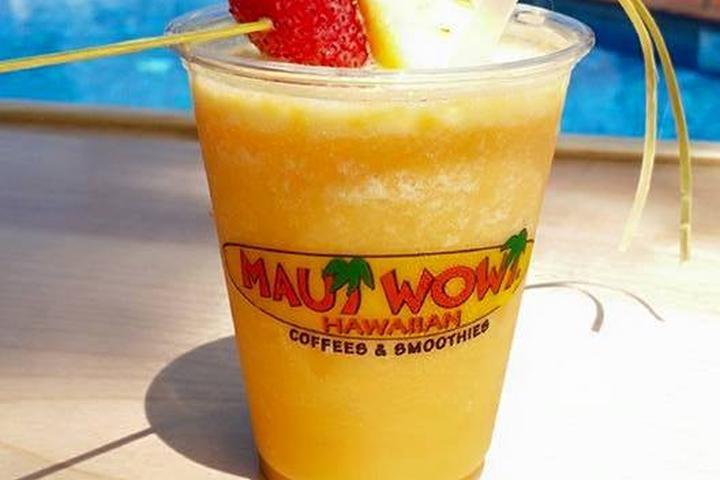 Pet Friendly Maui Wowi Hawaiian Coffee & Smoothies